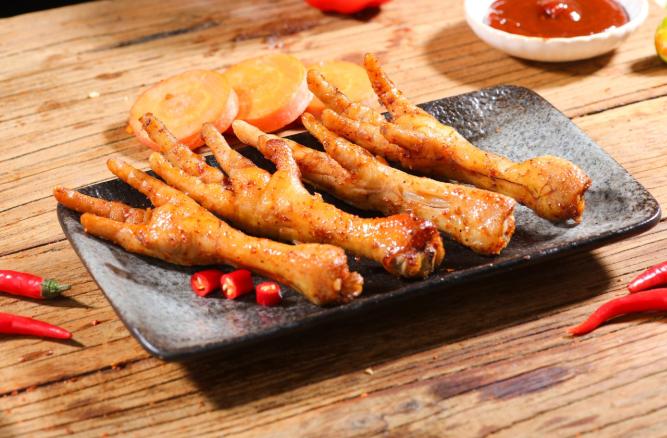 张成荣电烤鸡架休闲美食打造全方位的品牌优势