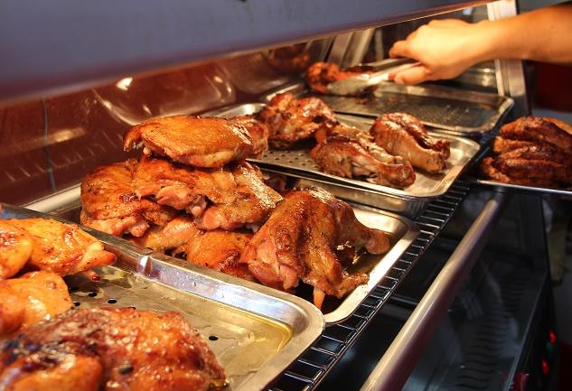 张成荣电烤鸡架烧烤小吃外卖怎么做?